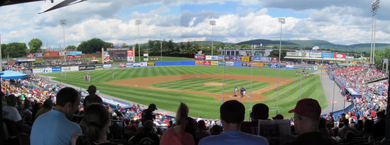 r-phils home2 panoramic.jpg