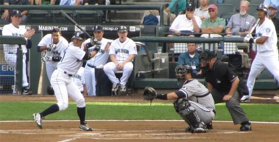 12 - ichiro at bat in 1st.jpg