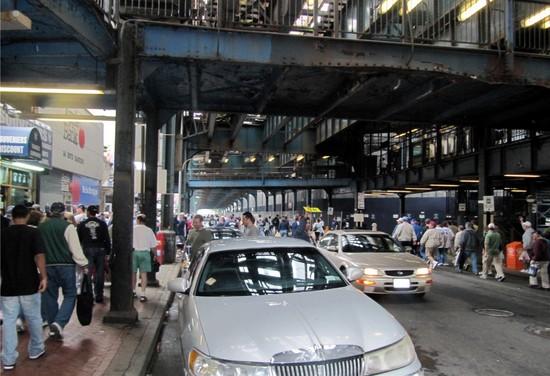 32 - bustling yankeetown street.jpg