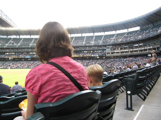 9 - nice ice cream seats.jpg