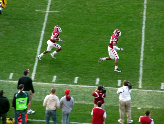 29 - delano green 52 yard punt return for TD.jpg