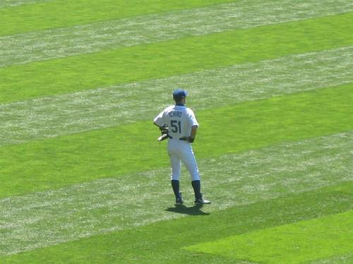 9 - Ichiro in RF.jpg