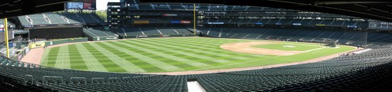 19 safeco LF foul concourse panoramic.jpg