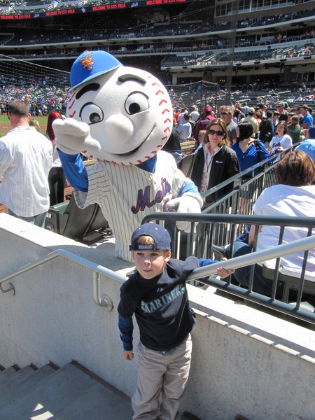 7 - Tim and Mr Met.JPG