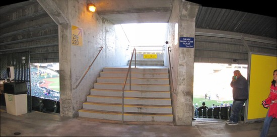 12 - oakland concourse up-down.jpg