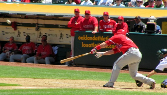 26 - bobby wilson dinks in rbi single in 5th.jpg