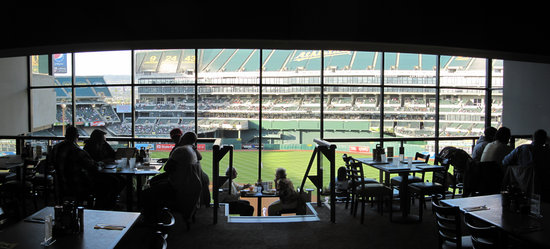 27 - colesium west side club restaurant panorama.jpg