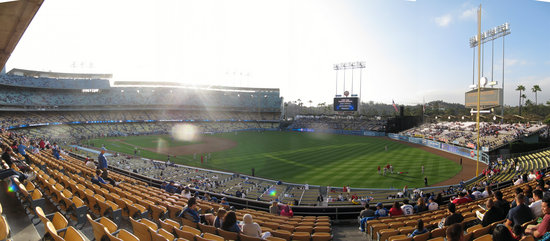l - dodger 2d deck section 156 panorama.jpg