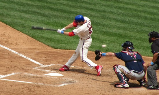 24 - Chase Utley fouls before single in 4th 6-20-10.JPG