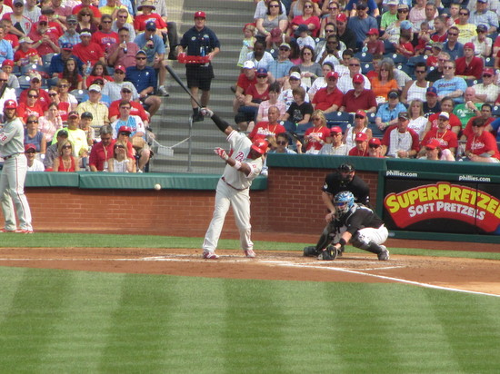 27 - Ryan Howard grounds to 2B in top of 3rd 6-26-10.JPG