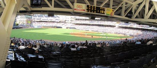 q - petco 3B field concourse panorama.jpg