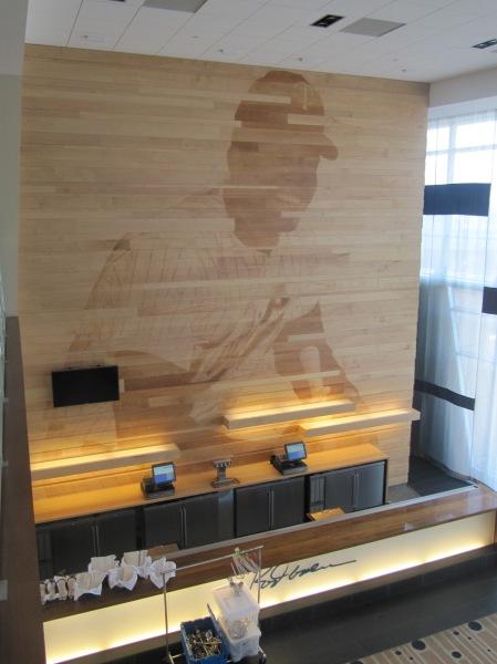 18 - Rod Carew Lounge.JPG