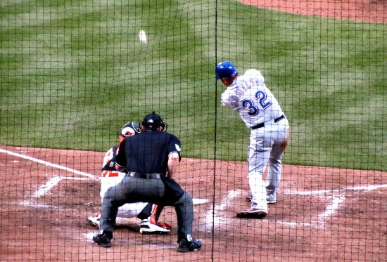 25 - Josh Hamilton singles to LF in 9th.JPG