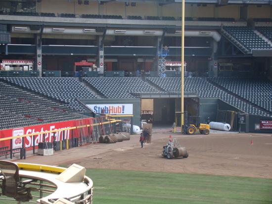 27 - Chase Field grassless RF corner.JPG