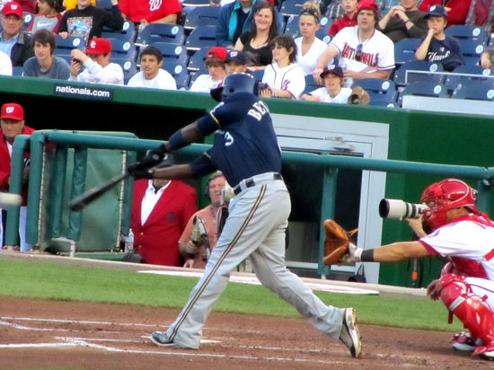 38 - Yuniesky Betancourt rbi single to CF.JPG