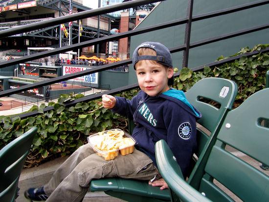 8 - first nachos of 2011.JPG
