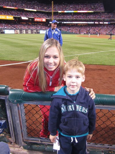21 - Tim and ballgirl Emily.JPG