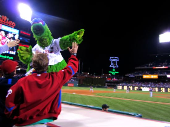 34 - Phanatic approaches.JPG