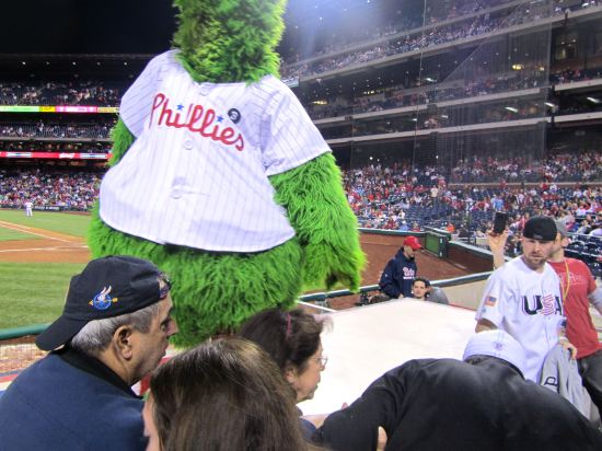 36 - Phanatic friends and USA guy survey the situation.JPG