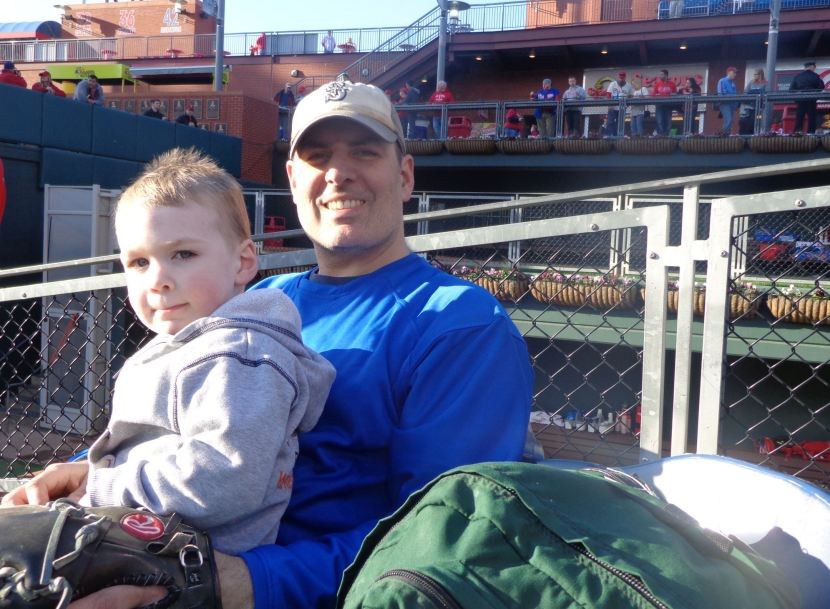 12-daddy-and-kellan-phils-royals