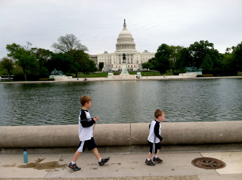 39b-kids-and-capitol