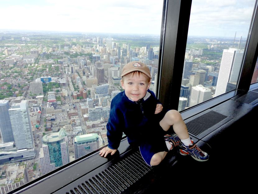 21-CN-tower-kellan