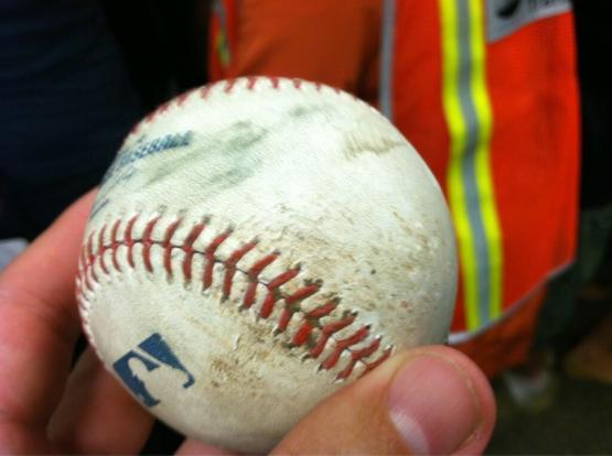 30a-umpire-ball-foul-ball