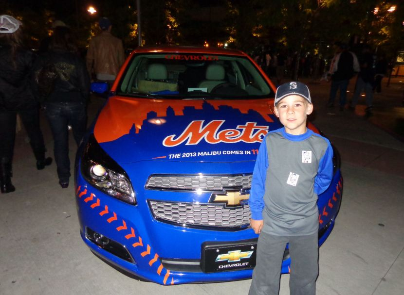 32-fancy-mets-car