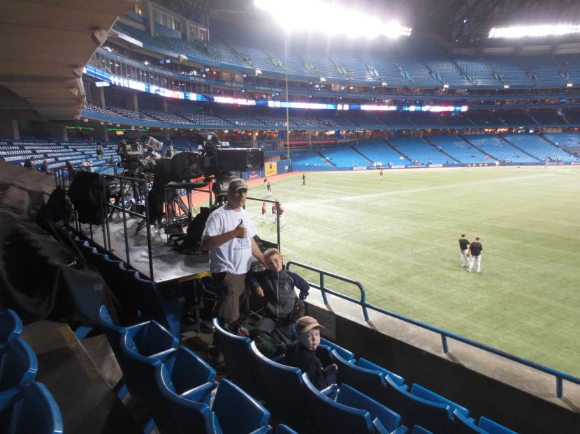 34-me-tim-kellan-rogers-centre-bp